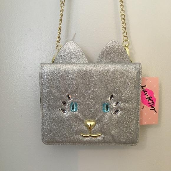 Betsey Johnson Handbags - Betsy Johnson  Crossbody Bag💖